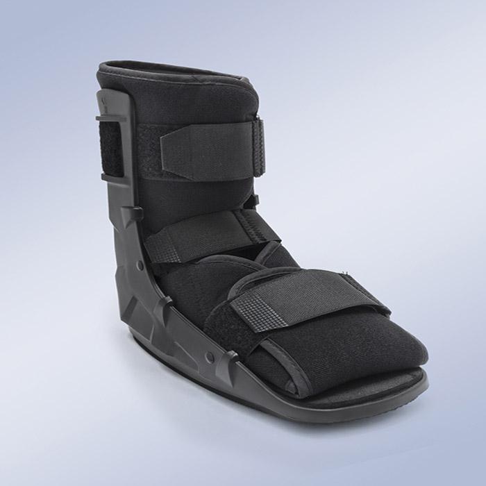 d05a9d45aac Botte de marche Black walker courte Walker boots EST-088 ...